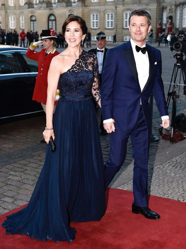 Mary and Frederik arrived hand-in-hand to the birthday bash. *(Image: Instagram @detdanskekongehus)*