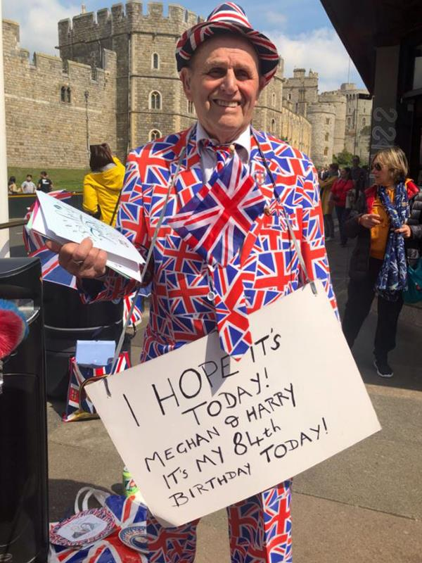 """Terry, who has been an avid royal watched since World War II and camped out for all of Prince William and Duchess Catherine's children in his eye-catching Union Jack suit, said he's """"disappointed"""" this royal baby won't be as public as the Cambridge children but says """"privacy comes first."""" Onya, Terry! *(Image: Twitter @chrisshipitv)*"""