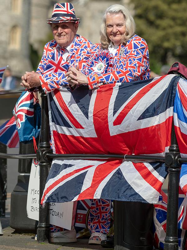 """""""My wife allows me to come, we've been together 57 years and so I've got a good partner,"""" said Terry, pictured here with 75 year-old fellow super-fan Margaret Taylor. *(Image: Getty Images)*"""