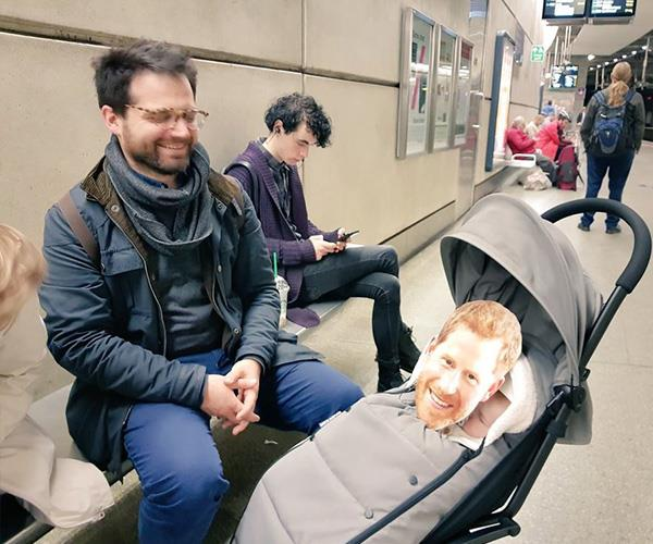 And even their baby got in on the fun. *(Image: Twitter @Ibilola_Amao)*