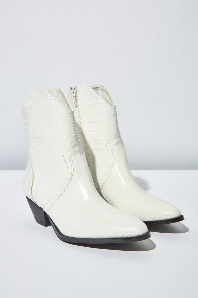 "Hello, new winter boots! These trendy white boots are [available from Rubi](https://cottonon.com/AU/larissa-western-boot/423125-01.html?dwvar_423125-01_color=423125|target=""_blank""