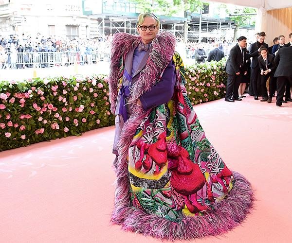 We don't know where to look first with Hamish Bowles' outift! *(Image: Getty Images)*