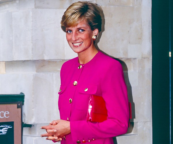 Princess Diana's favourite flowers are included in the new image - a sweet tribute to Harry's late mother. *(Image: Getty)*