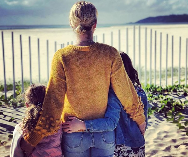 We love this candid snap of The Block's Shelley Craft and her girls in Byron Bay. *(Image: Instagram @shelleycraftofficial)*