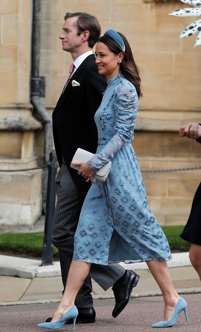 Pippa wore a gorgeous matching velvet headband, along with blue pumps and striking indigo earrings. Simply stunning!
