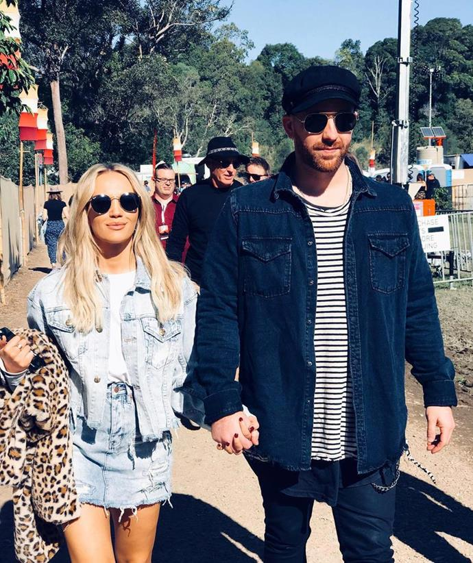 "**Samantha Jade and Pat Handlin** <br><br> Samantha and Pat announced their engagement in a [cute Instagram announcement](https://www.nowtolove.com.au/celebrity/celeb-news/samantha-jade-engaged-53472|target=""_blank"") back in January. The black-and-white photo of herself and Pat sharing a cute hug was captioned, ""YES!""."
