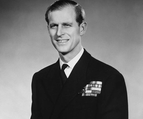 But it's this photo of a young Prince Philip in uniform from 1953 that has us swooning!