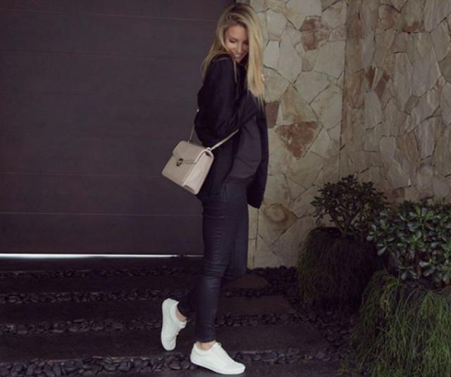 Positively glowing! Jennifer Hawkins took Instagram on June 12 giving fans a glimpse of her 16 week bump!