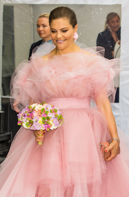 **Crown Princess Victoria of Sweden** <br><br> Seriously, where do we get our hands on our own version? And how perfect are the florals the future Queen was also holding!
