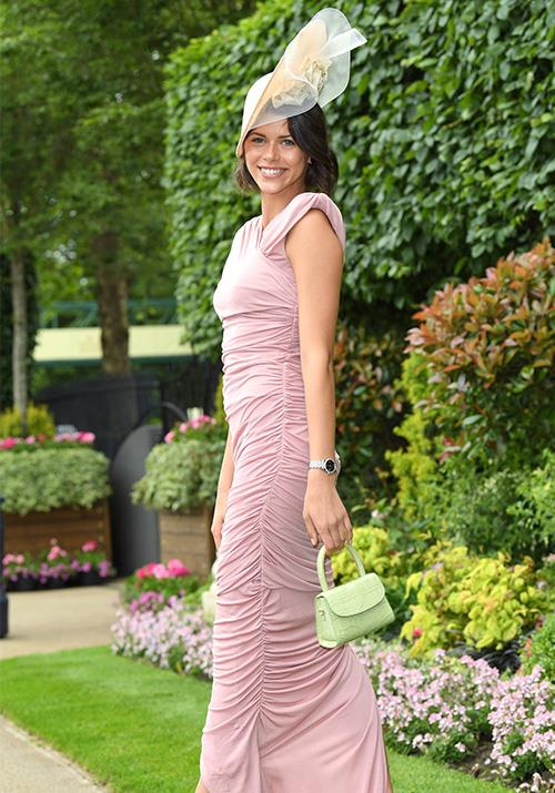 Kiwi model Georgia Fowler pulled out the glamour for the regal event in a dusty pink gown.