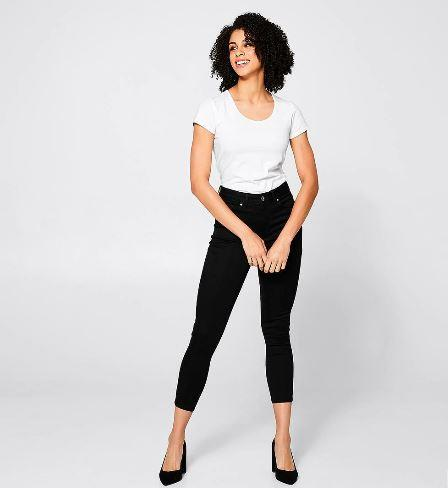 "There's also no denying the chic-ness of a crop style! These black skinny crop Sophie jeans are perfect to dress up or down. Buy them [here](https://www.target.com.au/p/denim-sophie-skinny-crop-length-jeans-black/61210516|target=""_blank""