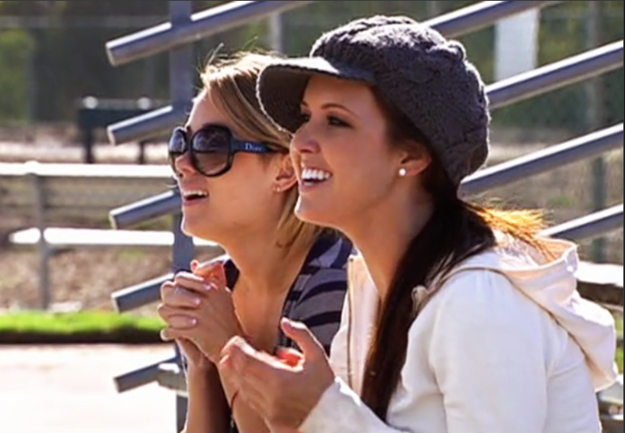 Yes, this is a brimmed beanie. Yes, Audrina wore it. That is all.