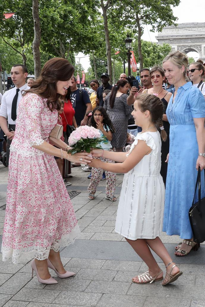 The image of perfection! Crown Princess Mary charmed the masses during her whirlwind trip to Paris.