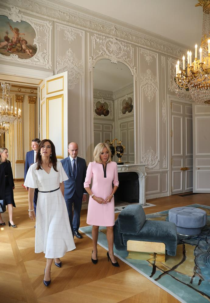 The stunning interior, the fashionable outfits and the powerful royal ladies made up a dream combination.