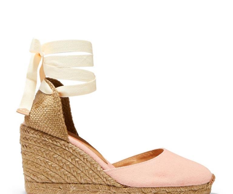 35179ce6b6e Kate Middleton just wore this season's espadrille 'It' shoes | OK ...