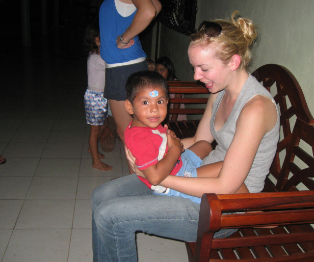 Jasmine - visiting an orphanage in Tapachula, Mexico - was loving life as a single traveller.