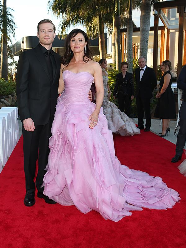 Stunning Australian actress Essie Davis is pink perfection!
