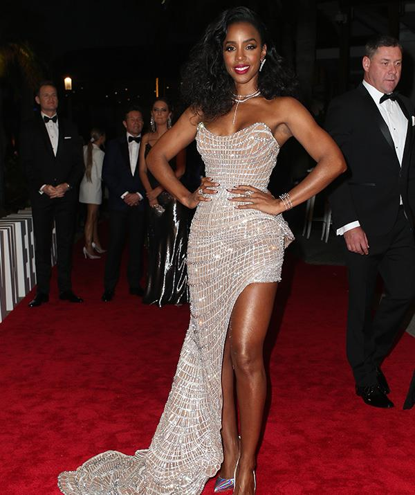 "All we can say is *wow*. *The Voice* judge Kelly Rowland looks phenomenal in this strapless number!   Meanwhile, fellow *Voice* coach Guy Sebastian also looked dapper in a colourful suit and raved about joining Kelly and the rest of the coaches on the Channel Nine show, telling us: ""It just feels like home and everyone is so sweet, we get along so well!"""