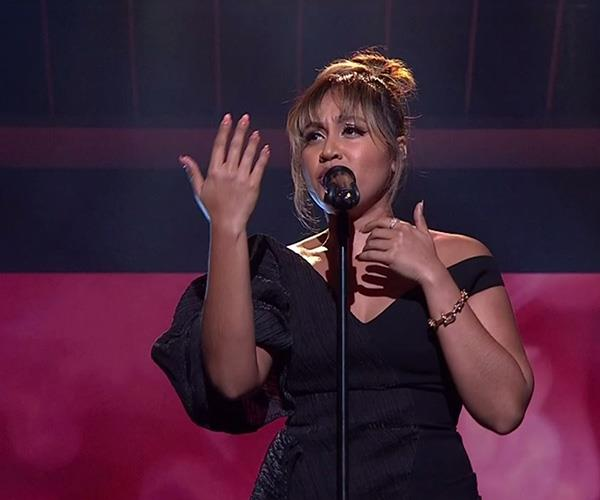 Australia's sweetheart Jessica Mauboy sang her brand new song, *Little Things*.