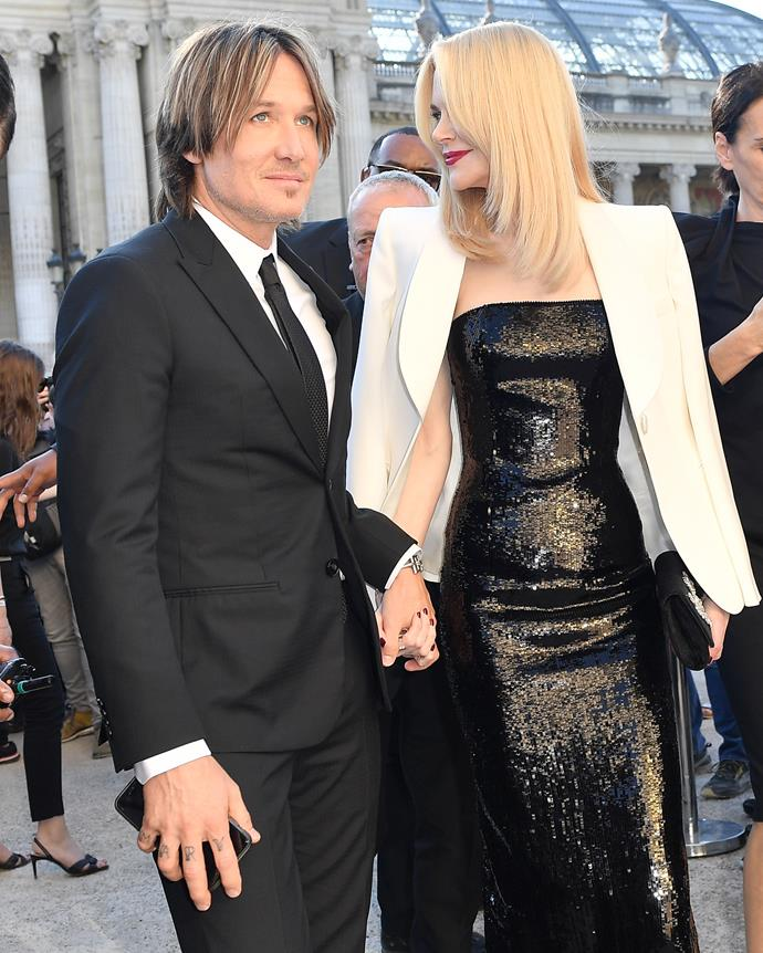 Nicole's figure looked absolutely stunning in this gorgeous Armani dress and blazer.