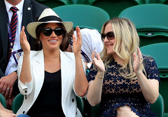 Markle got right into pal Serena's match by cheering her on from the sidelines.