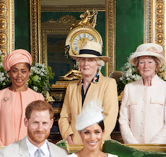 Princess Diana's sisters, Lady Sarah McCorquodale and Lady Jane Fellowes, were seen in one of the official portraits standing alongside Meghan's mum Doria, who looked glorious in a peach coloured outfit.