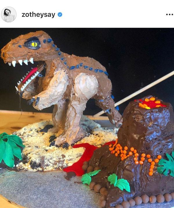 With a little help from his Lego Masters pal, The Brickman (@mcnaught.ryan), Hamish made a moving dinosaur cake. Wow!