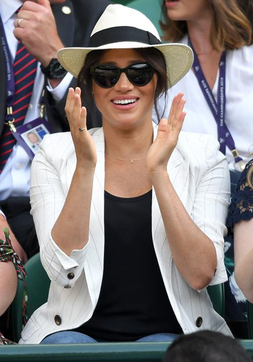 "The stylish royal opted for a casual ensemble on the day, and if you look closely, you might notice a [*very* special necklace](https://www.nowtolove.com.au/fashion/fashion-news/meghan-markle-archie-necklace-56867|target=""_blank"") she's recently taken to wearing..."