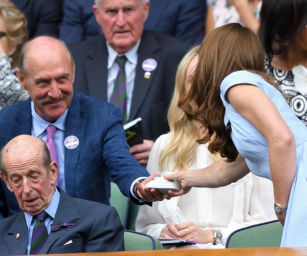 Tennis legend Stan Smith gave the Duchess of Cambridge a pair of new shoes for Prince Louis.