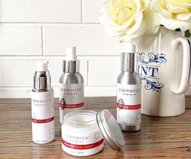 "[Clémence Organics](https://www.clemenceorganics.com|target=""_blank""