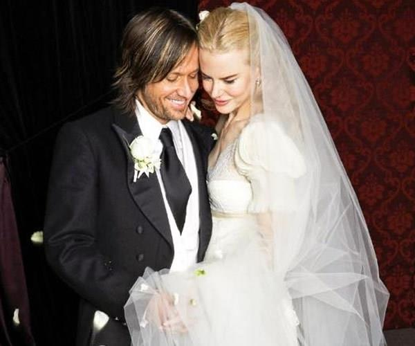 **Nicole Kidman and Keith Urban** <br><br> About six years after her divorce from Tom Cruise, Nicole met country singer Keith Urban at a G'Day LA event in Los Angeles and the pair instantly hit it off. They were married in 2006 in a church in Manly and now live with their two daughters, Sunday Rose and Faith Margaret, in Nashville, Tennessee.