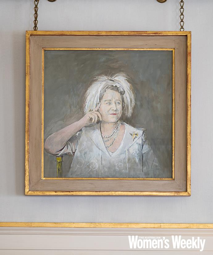 A preparatory sketch of the Queen Mother by Graham Sutherland hangs above the door to the hallway from the Morning Room.