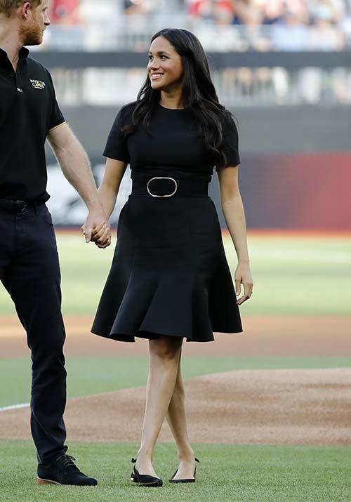 "On June 29, Meghan attended a [game of baseball](https://www.nowtolove.com.au/royals/british-royal-family/meghan-markle-baseball-56720|target=""_blank"") between the Boston Red Sox and New York Yankees with husband Harry. Her Stella McCartney LBD looked gorgeous on the royal, and how cute are her Aquazzura slingback flats?!"