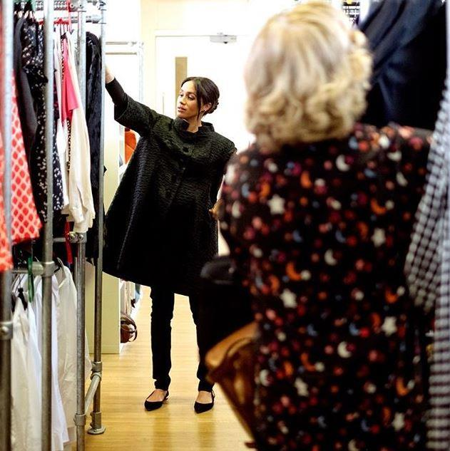 In another stunning image, Meghan is seen wearing her gorgeous black Courrèges coat.