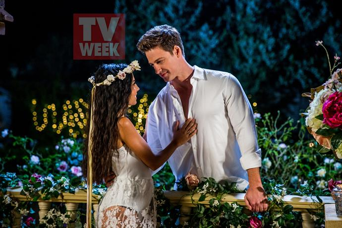 Matt and Cassandra make the perfect *Romeo and Juliet*!