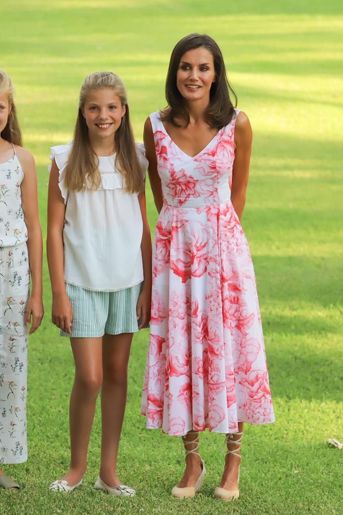 But it was Letizia's gorgeous printed summer dress we couldn't stop staring at!