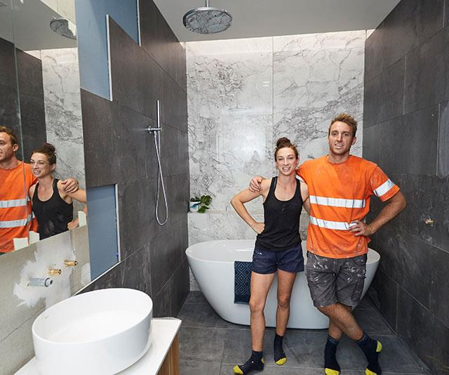 "**Jesse and Mel:** Score: 14/30 After a tough week plagued with fights, feuds and endless drama, Jesse and Mel struggled to finish their bathroom. The judges panned the room, saying that even if it was completed, the dark grey colour scheme made it look like a ""tomb""."