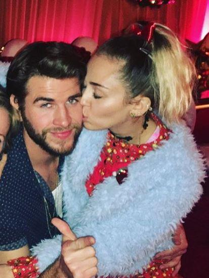 Sources say Miley offered to do marriage counselling with Liam.