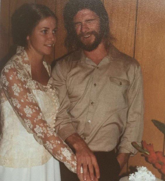 Liam posted this sweet throwback photo of Craig and Leonie on their wedding day. We actually thought this was Liam at first - he looks so much like his dad!