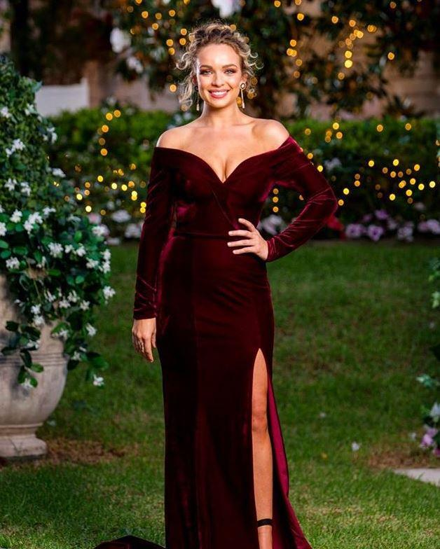 "Abbie's maroon off-shoulder velvet creation was also clear stand-out. Whether she's here for the ""right reasons"" or not, the gal knows how to rock a frock."