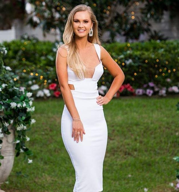 Bombshell Chelsie looked flawless in episode eight wearing this stunning Karen Hurley dress. No wonder she's a crowd favourite to go the whole way!