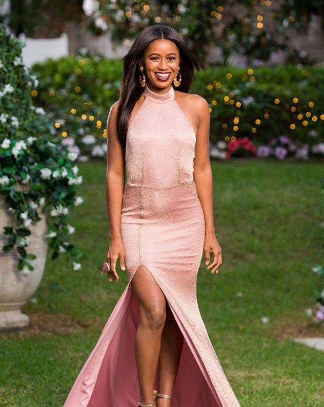 Mary's high-neck Elle Zeitoune dress was the perfect shade of pink, and let's talk about that Angelina Jolie-esque split!