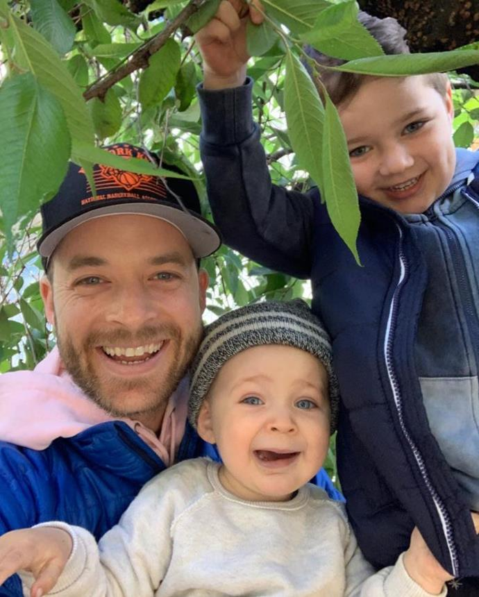 "**Hamish Blake** <br><br> The TV and radio personality shares Sonny, five and Rudy, two with wife Zoe Foster-Blake and they're quite possibly one of the coolest families in the country. <br><br> The dad-of-two is quite the impressive baker two having made [some show-stopping cakes](https://www.nowtolove.com.au/parenting/celebrity-families/hamish-blake-didnt-make-rudys-birthday-cake-56905|target=""_blank"") for Sonny's previous birthdays."