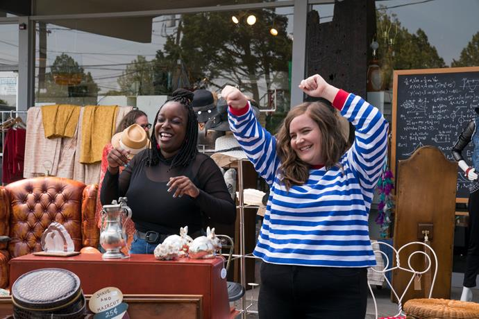 Annie and Fran (Lolly Adefope) are finding their groove.