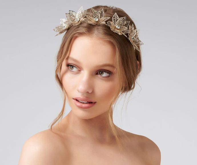 "[Chloe metal flower fascinator, $40, from Forever New](https://www.forevernew.com.au/chloe-metal-flower-fascinator-255526?colour=gold|target=""_blank""