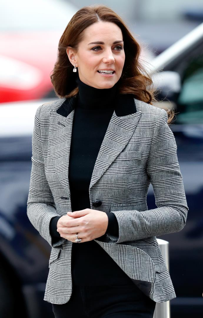 Every woman's best friend - a classic blazer. Kate paired this look with gorgeous earrings and glam hair and makeup to dress the look up slightly.