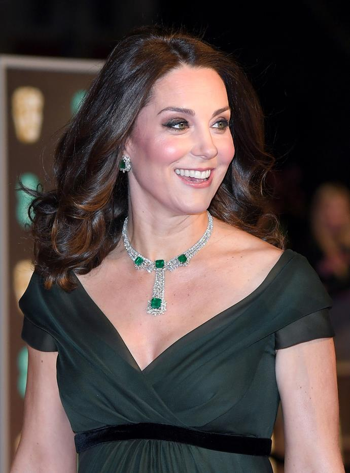 Kate looks amazing with darker tones through her hair too.