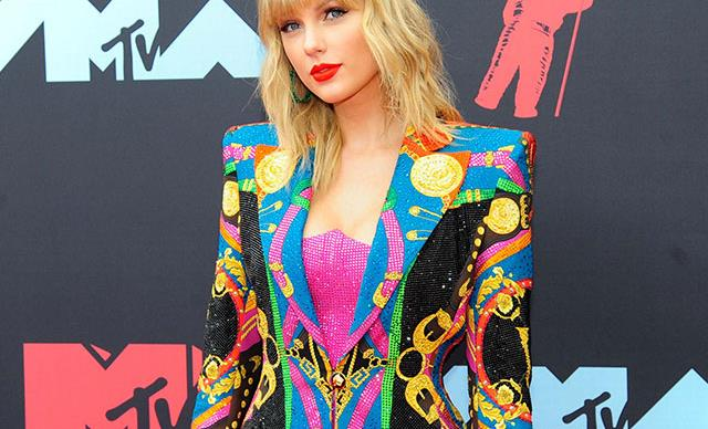 Taylor Swift pulls out of Melbourne Cup following backlash from animal rights groups
