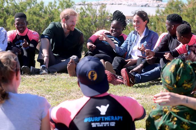 Harry and Meghan also participated in some activities with the surf mentors.