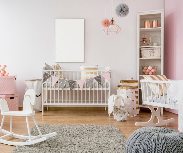 Setting up a nursery that is practical and stylish is not difficult if you put in a little time to plan.